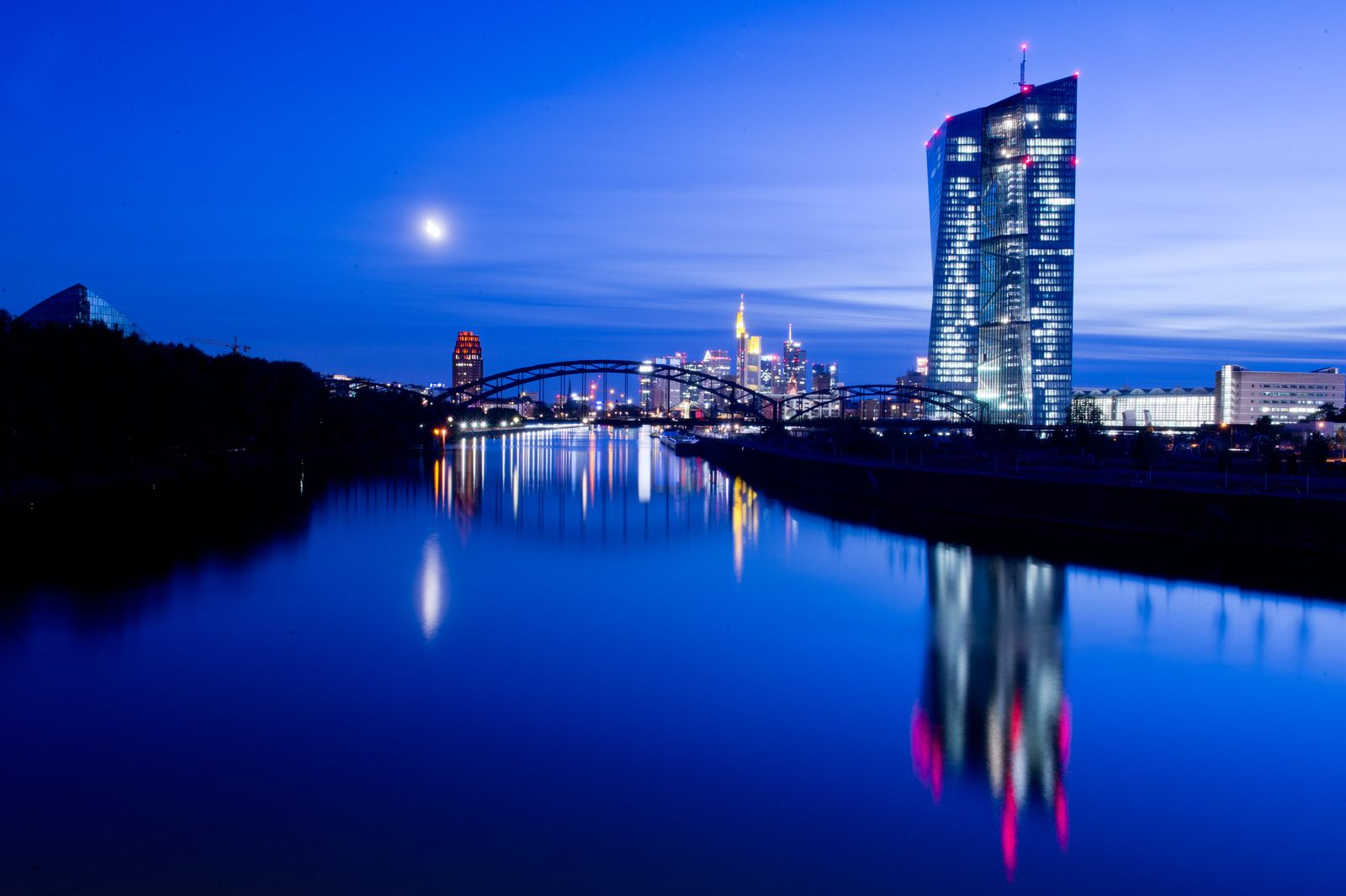 EZB / Neubau Frankfurt / Stresstest