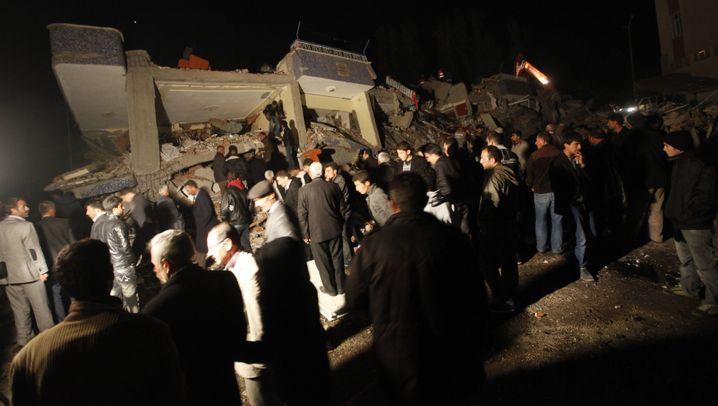 Türkei: Viele Tote bei Erdbeben
