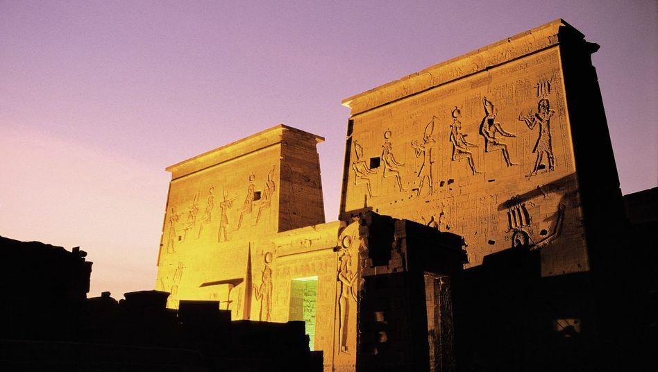 Isistempel von Philae, für den Assuan-Stausee 1976 bis 1980 abgebaut und auf der nahe gelegenen Insel Agilkia wieder errichtet