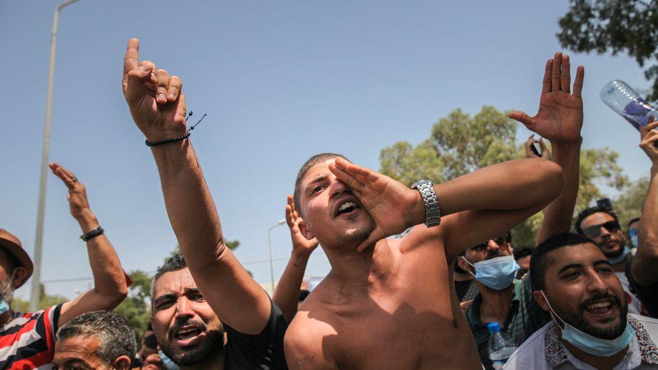 Unterstützer des Präsidenten in der Hauptstadt Tunis: Gegen die Islamisten