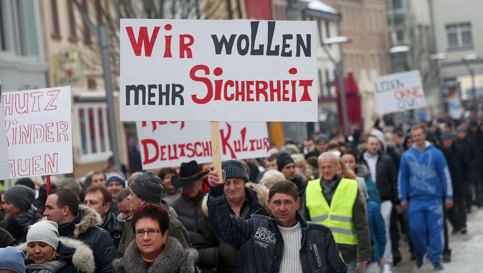 Proteste in Villingen-Schwenningen: Aufgeheizte Stimmung