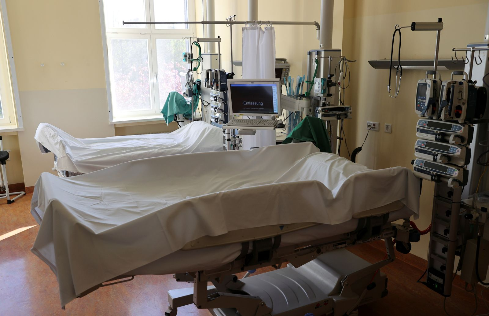 COVID-19 intensive care unit at the Havelhoehe community hospital in Berlin