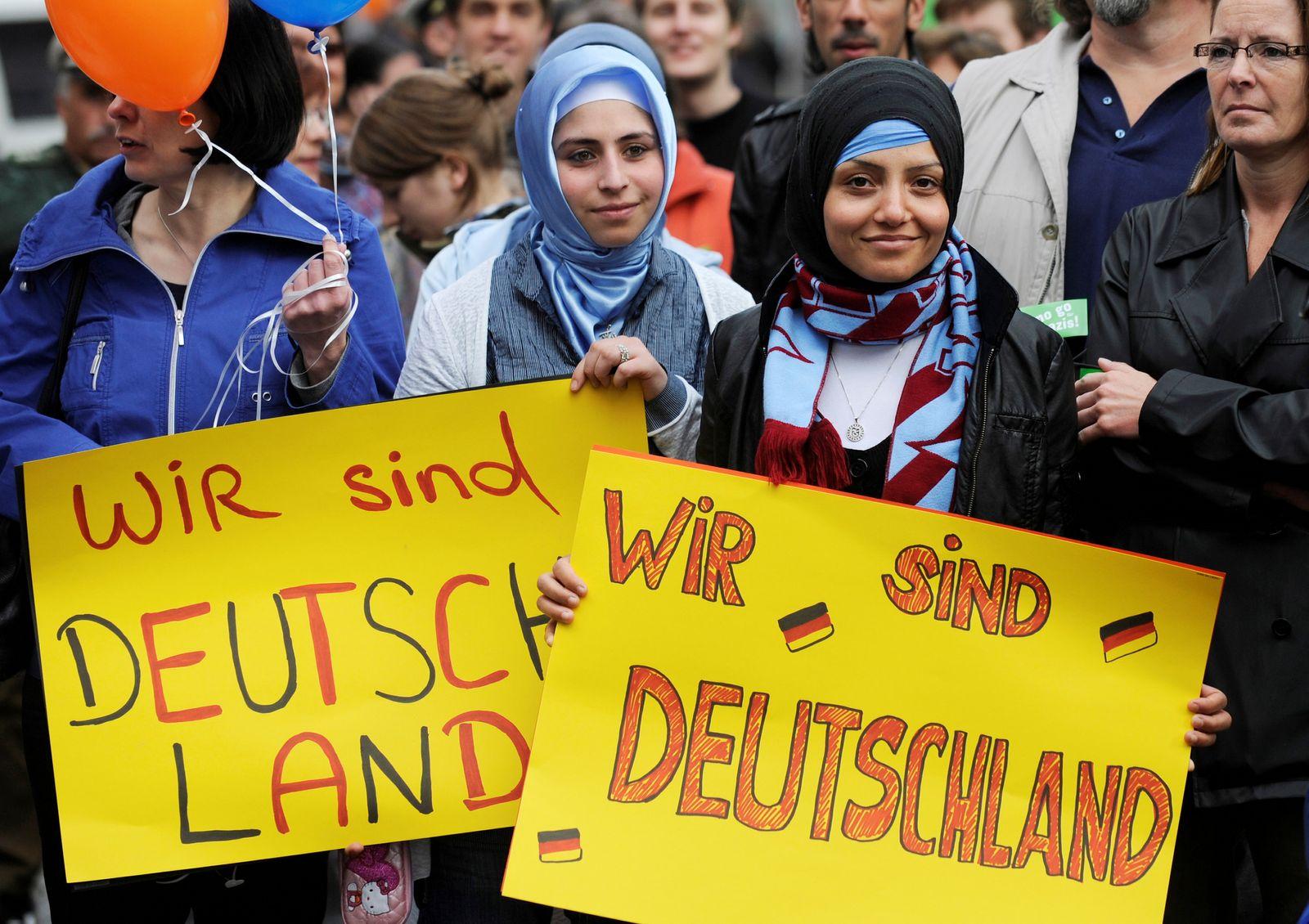 NICHT VERWENDEN Migranten / Demo