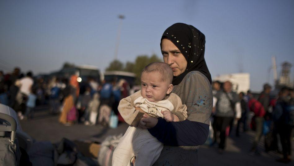 Geflohene Frau aus Syrien im Hafen von Piräus