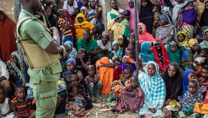 Campaigning in Tanzania - A Photo Essay by Sergio Ramazzotti