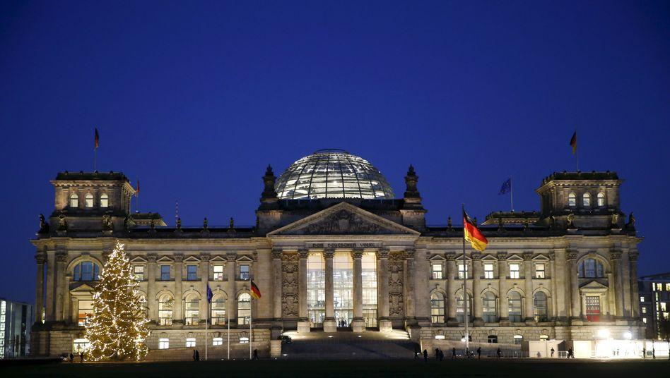 Reichstagsgebäude im Dezember: Zugriff auf den Hauptserver