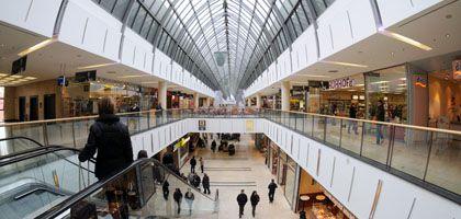 Einkaufszentrum in Regensburg: Wo bleibt die Konsumlaune?