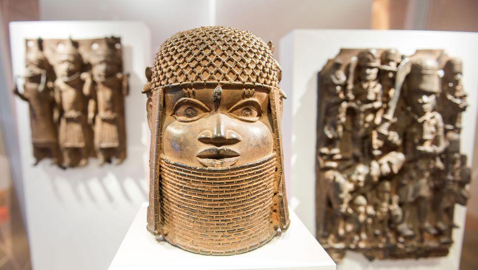 """Benin-Bronzen: ein ganzes """"Aneignungs- und Entfremdungssystem"""""""