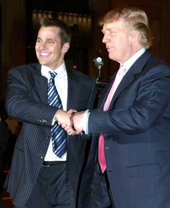 """Lehrling"" Bill Rancic (links) mit seinem neuen Chef Donald Trump"