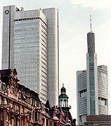 Seite an Seite: Dresdner Bank und Commerzbank