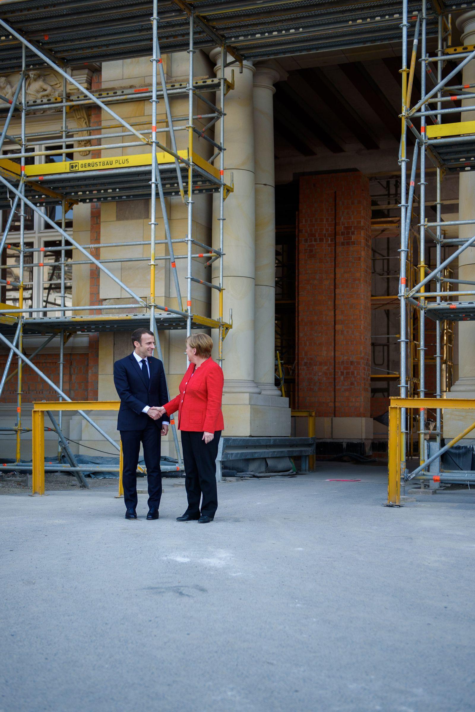 SPIN PLUS 17/2018 Französischer Präsident Emmanuel Macron in Berlin Startbild