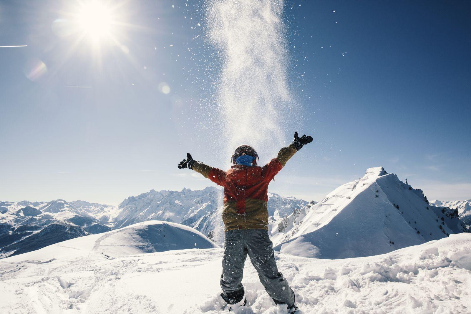 EINMALIGE VERWENDUNG Wissenschaft/ Nachhaltigkeit/ Skiurlaub