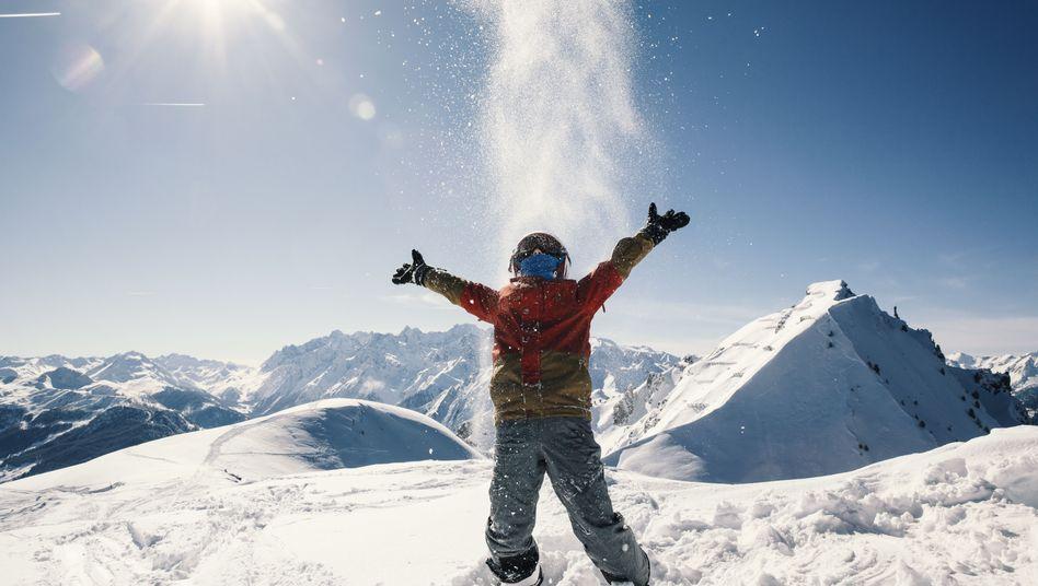 """Macht Spaß - aber """"umweltverträglich ist Skifahren nur dann, wenn man sich auf Naturschnee bewegt"""", sagen Experten"""