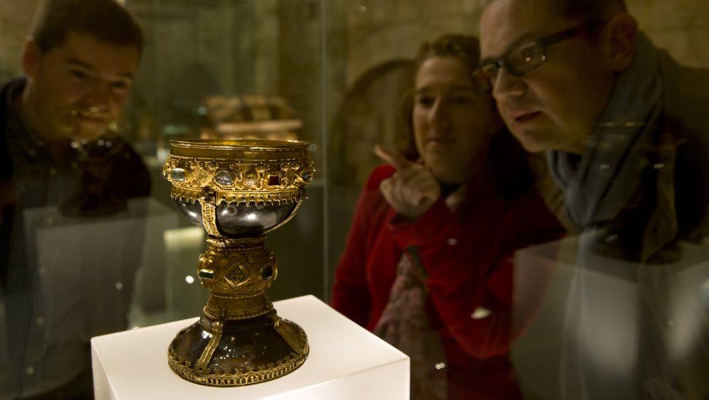 Touristensturm auf Basilika: Angeblicher Jesus-Kelch muss umziehen