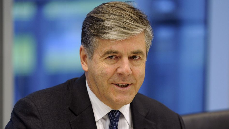 Noch-Deutsche-Bank-Chef Ackermann: Wechsel in die Schweiz