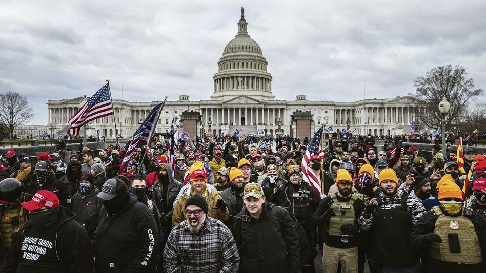 Trump-Anhänger vor dem Capitol: Szenen wie aus einem Katastrophenfilm
