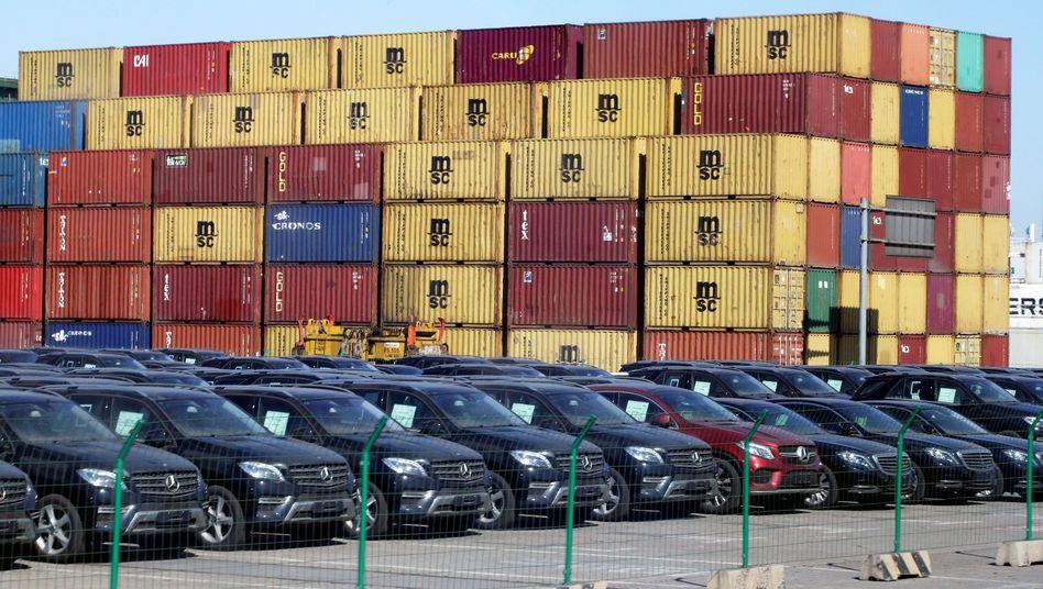 Importierte Mercedes-Fahrzeuge in China