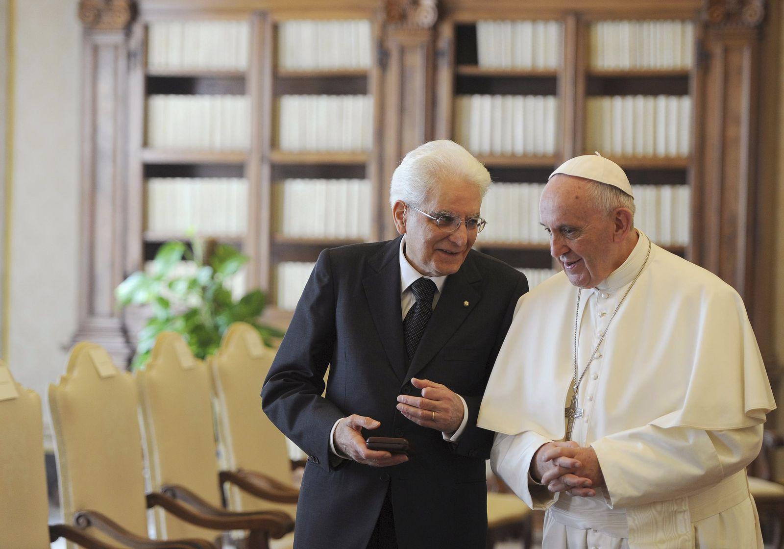 Papst Franziskus / Sergio Mattarella