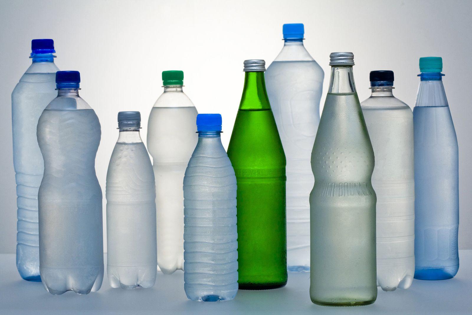 Wasserflaschen Mineralwasser