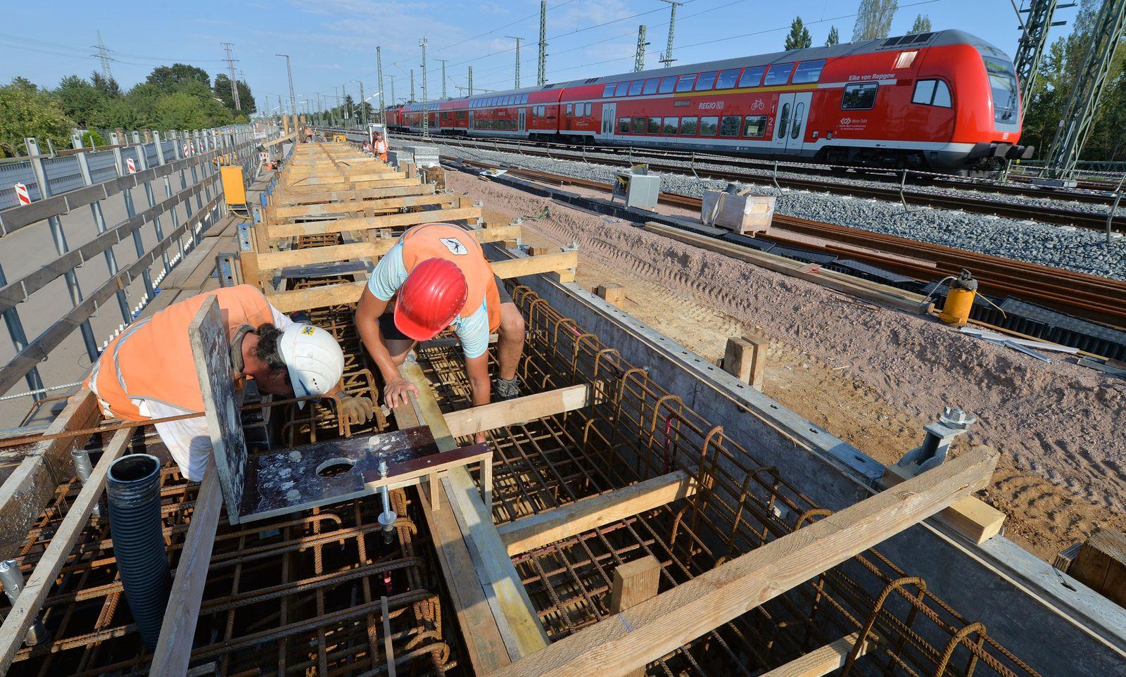 Infrastruktur / Baustelle/ Halle/Saale