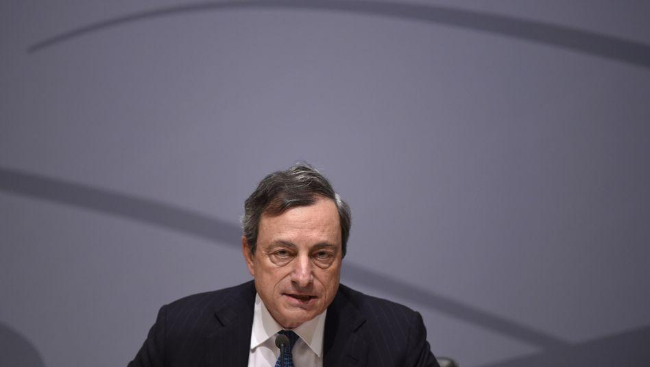 """Draghi in Brüssel: """"Ernsthafte Sorgen"""""""