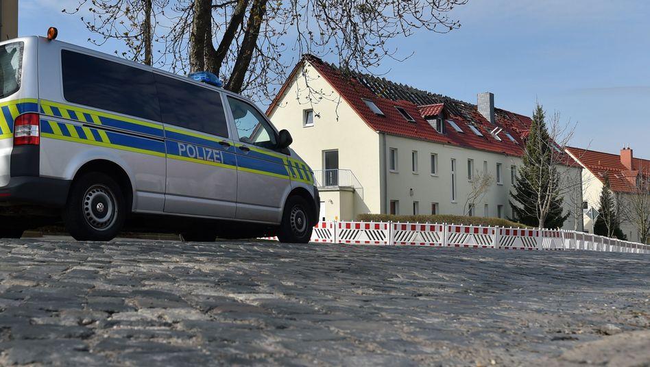 Ausgebranntes Flüchtlingsheim in Sachsen-Anhalt (Archiv)