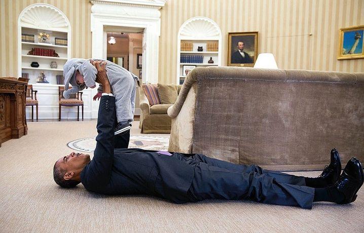 Staatschef Obama mit Ella Rhodes, der Tochter seines Beraters Ben Rhodes 2015