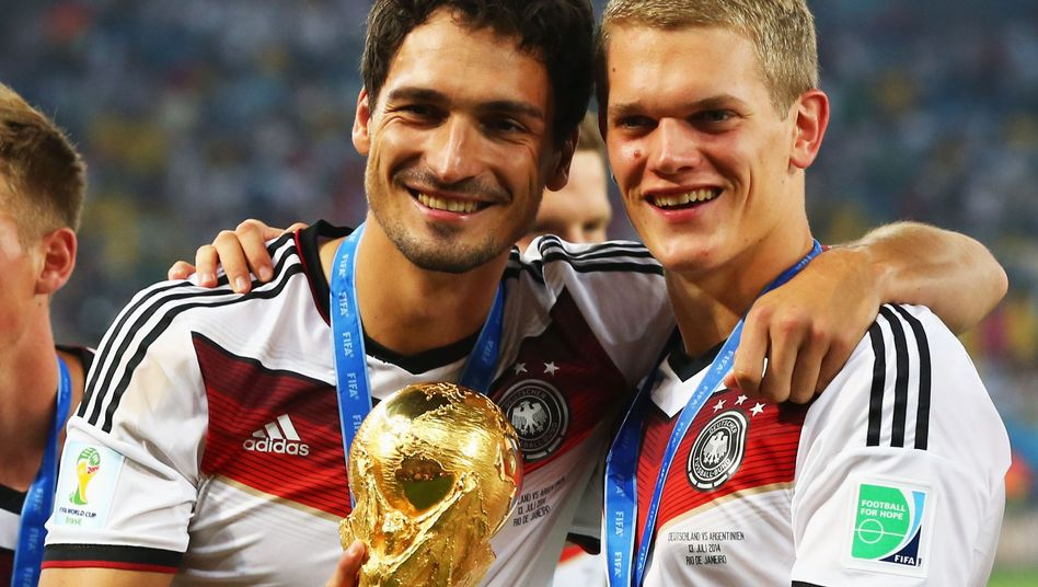 Matthias Ginter (r.), Mats Hummels: Künftig zusammen beim BVB