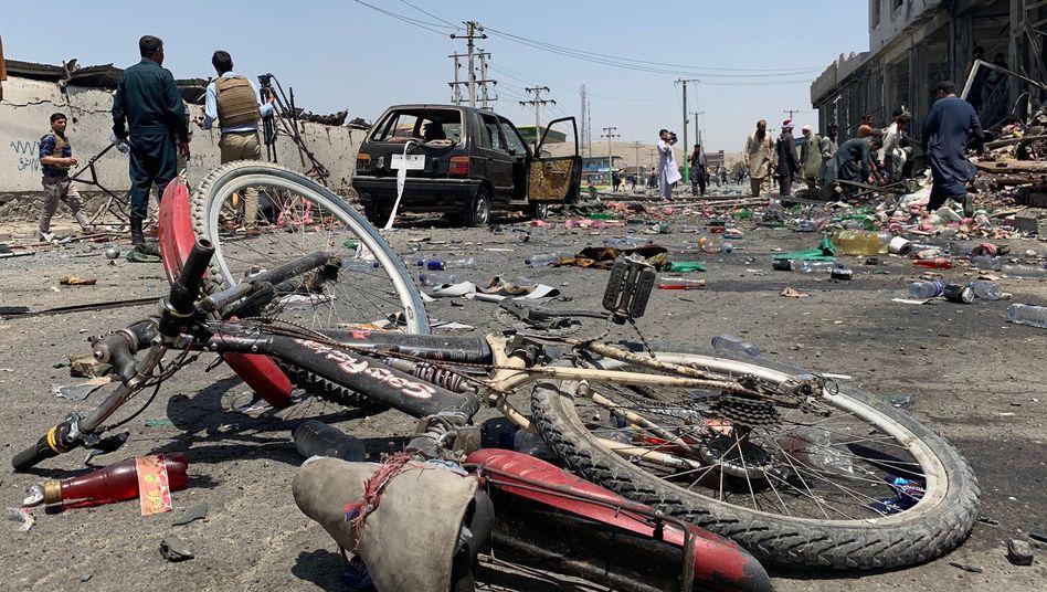 Selbstmordanschlag in Kabul: Angriff auf einen Bus mit Mitarbeitern des Bergbauministeriums