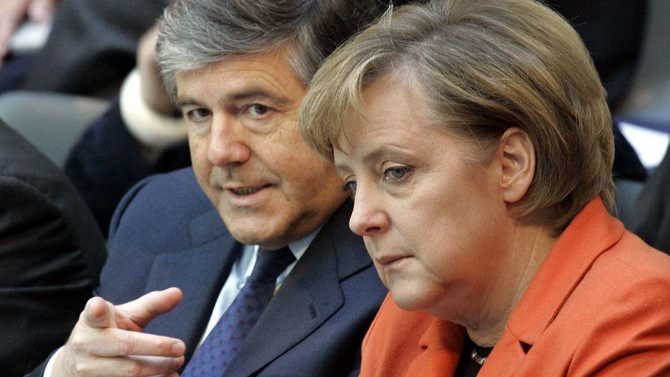 Banker Ackermann, Kanzlerin Merkel (2006): Rücksicht auf die Finanzindustrie?