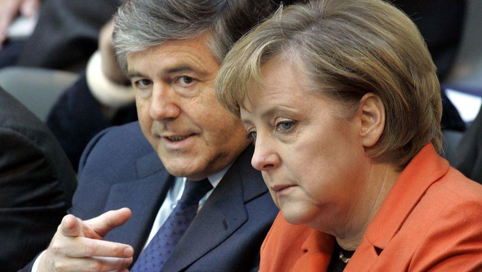 Deutsche-Bank-Chef Ackermann, Kanzlerin Merkel (2006): Appell an die Politik