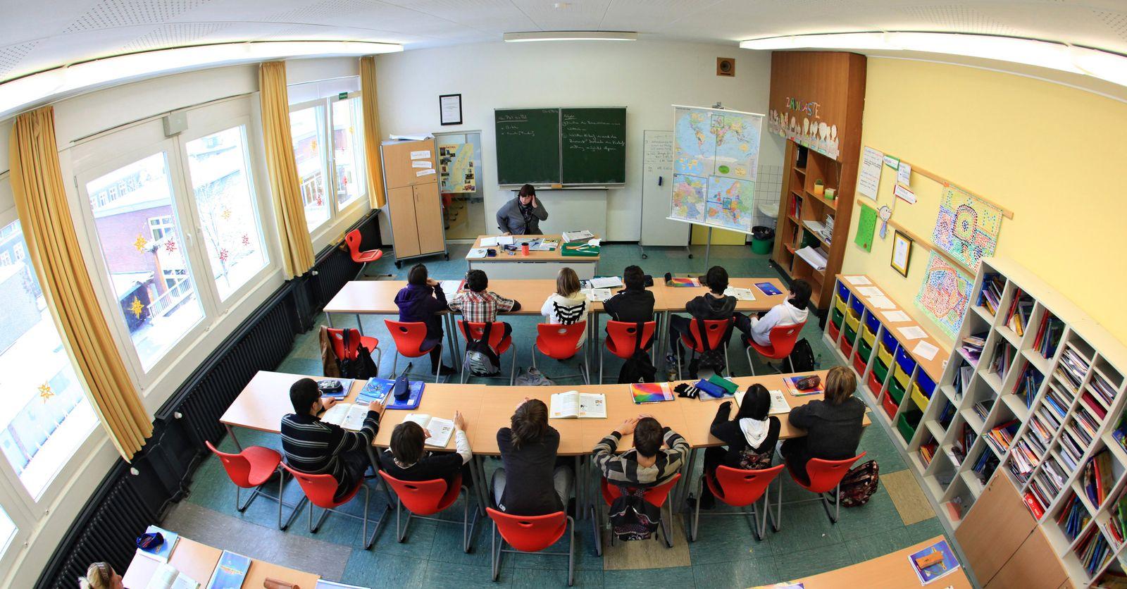 SYMBOLBILD Schule / Hauptschulklasse
