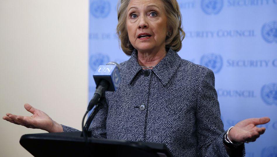 Hillary Clinton: Sie steht sich derzeit selbst im Weg