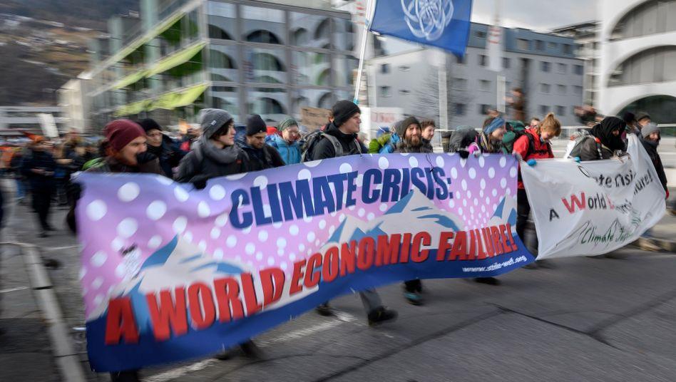 Klimaprotest vor Start des Weltwirtschaftsforums in Davos