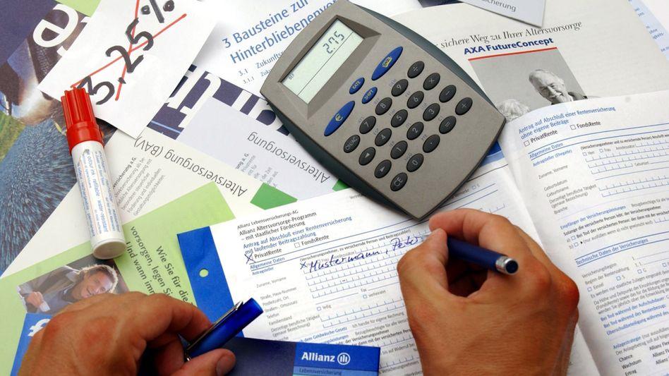 Antrag auf Abschluss einer Lebensversicherung: Weniger Rendite für Neukunden