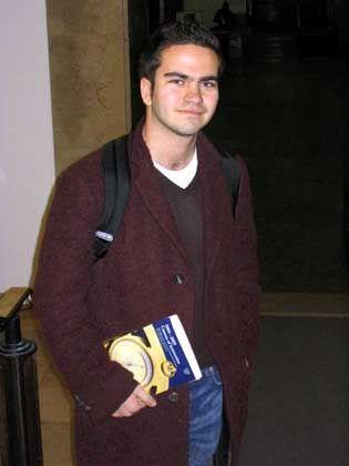 """Aaron Voloj Dessauer, 19, schloss sein Studium an der Uni Münster mit der Note """"sehr gut"""" ab"""