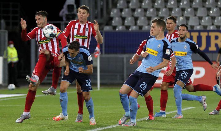 In Freiburg verlor die Borussia wichtige Punkte im Kampf um die Champions League
