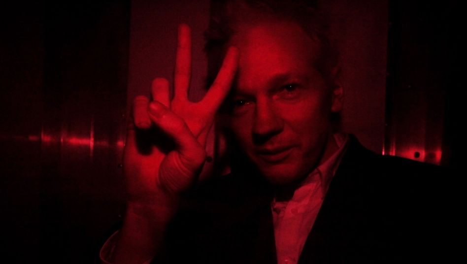 Gerichtsverhandlung: WikiLeaks-Gründer Assange kommt frei