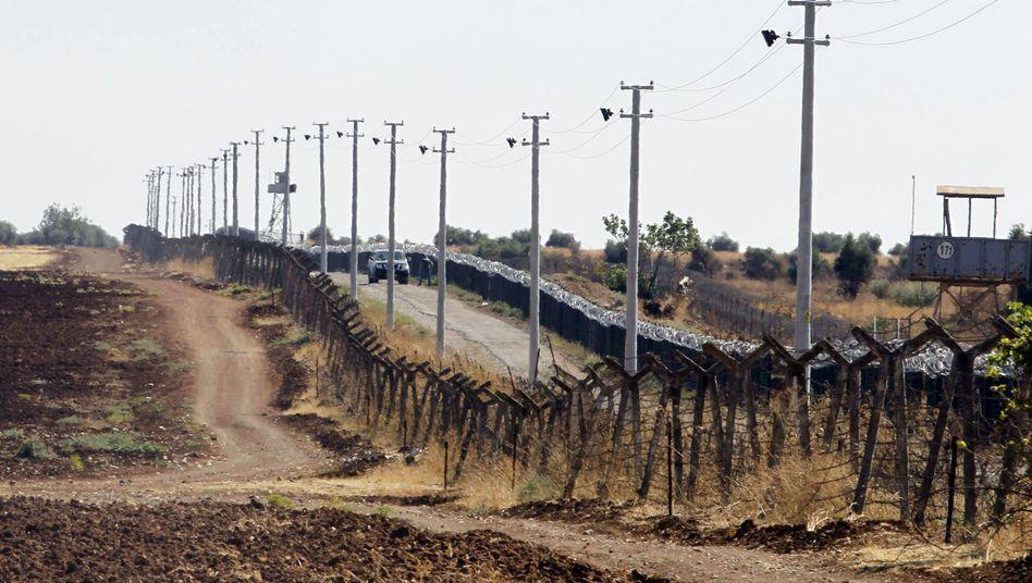 Grenze zwischen Syrien und der Türkei: Visumspflicht ab Januar