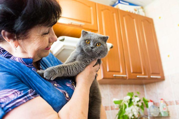 Tatiana mit Katze Fiksik