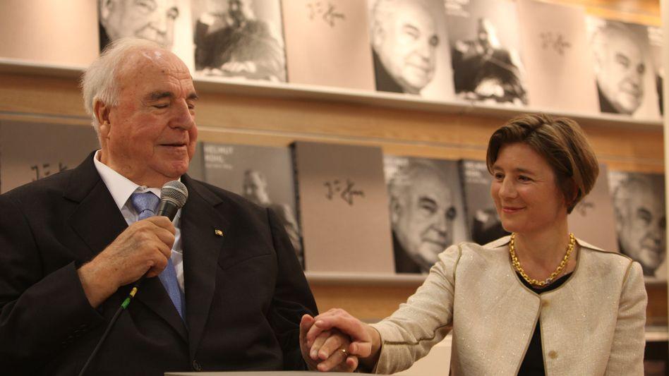 Helmut Kohl und Maike Kohl-Richter (Aufnahme von 2010)
