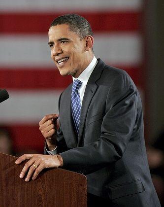 US Democratic presidential hopeful Barack Obama