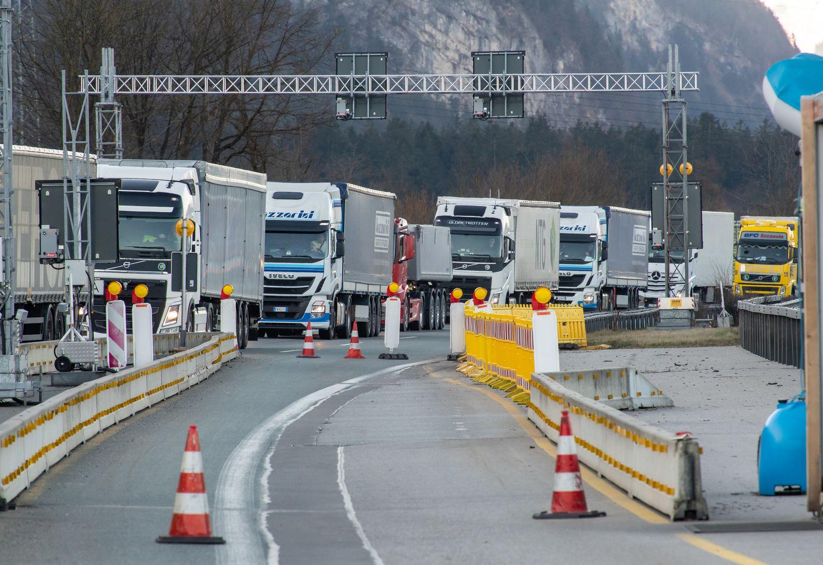 Coronavirus - Grenzübergang zu Bayern