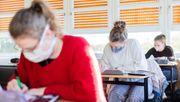 Gesichtsvisier im Unterricht reicht nicht