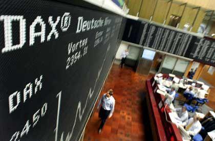Börse (in Frankfurt): Vorsicht mit Aktien