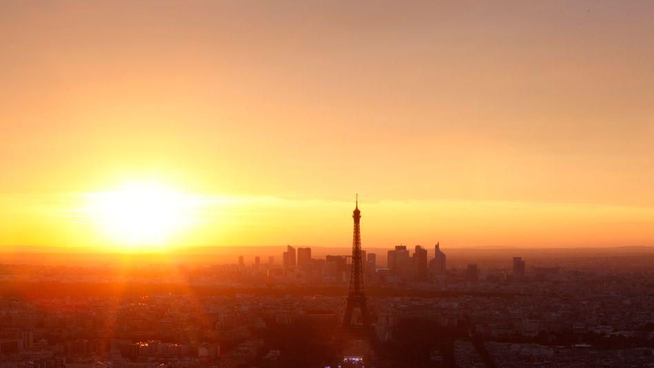 """Pariser Eiffelturm: """"Das Gefühl verspürt, dass Frankreich von der Krise angesteckt wird"""""""
