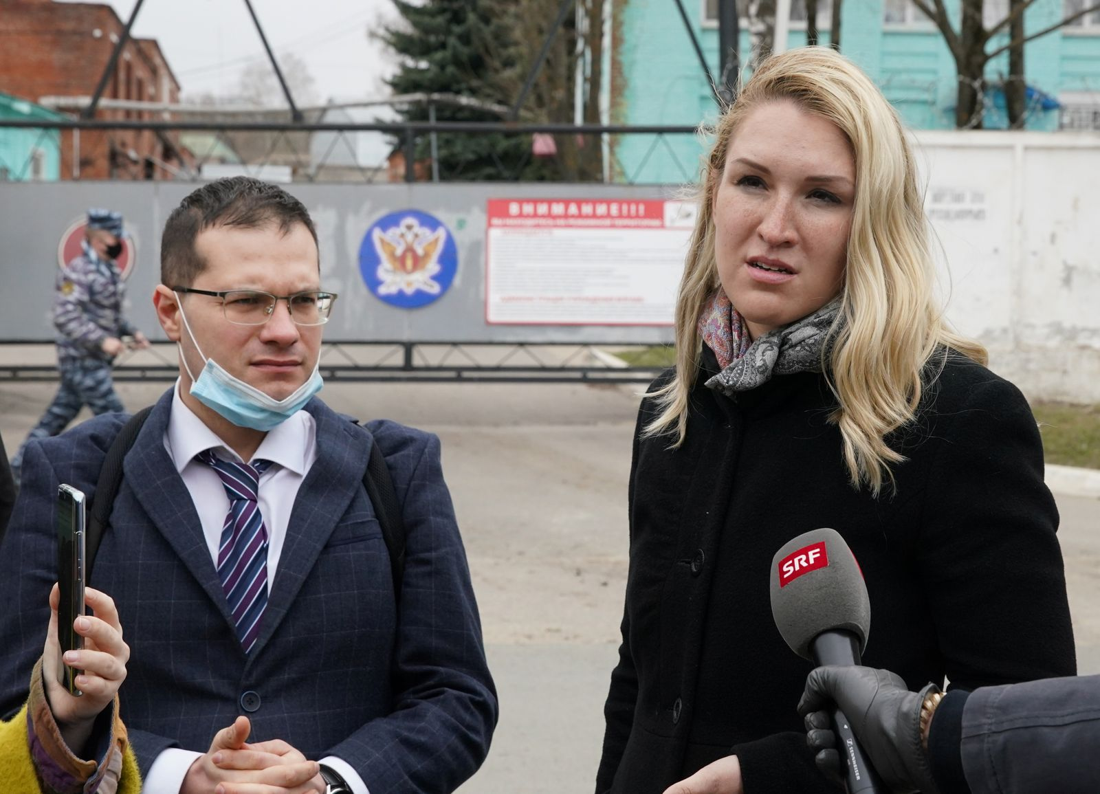 Doctors of jailed Kremlin critic Alexei Navalny speak to the media outside the IK-3 penal colony in Vladimir
