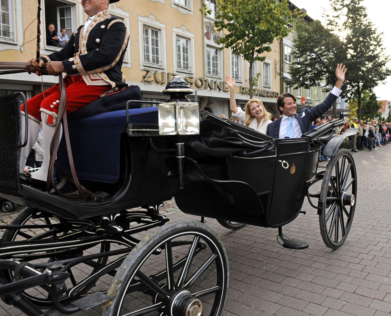 AUFMACHER Hochzeit Erbprinz Christian zu Fürstenberg