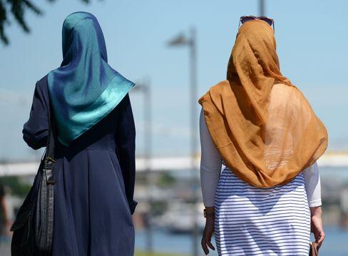 Die Bezeichnung »Migrationshintergrund« wird offenbar inzwischen in Fachkreisen als stigmatisierend empfunden (Symbolbild)