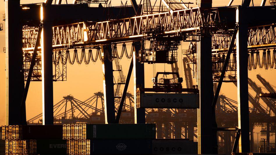 """Containerterminal Tollerort am Hamburger Hafen: """"Ohne WTO droht im weltweiten Handel das Recht des Stärkeren anstelle der Stärke des Rechts"""""""
